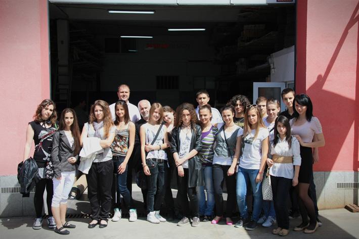 10з клас от ОМГ на гости на Медия Дизайн